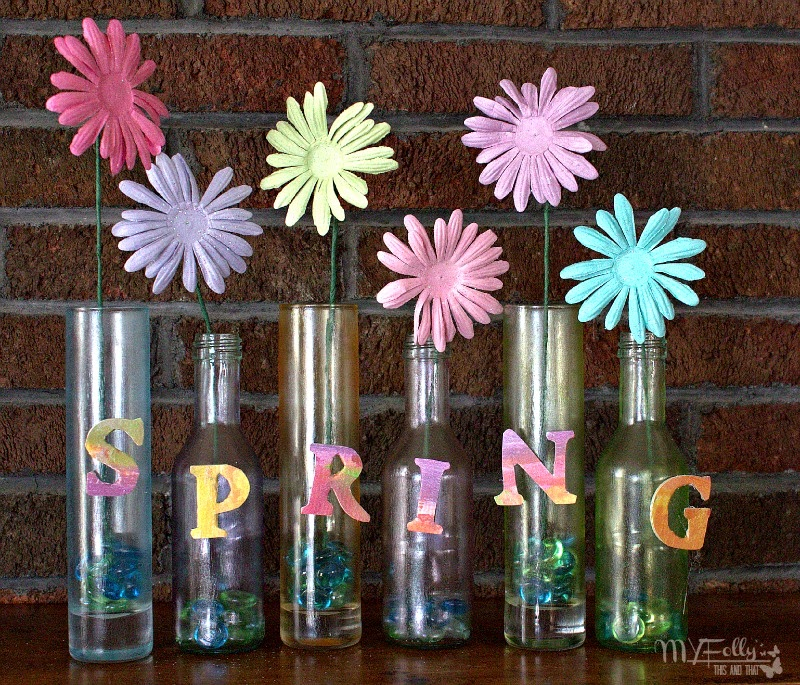 Spring Flower Vase Craft / ThisandThat  @PlaidCrafts, Micheals Store, Dollar Store