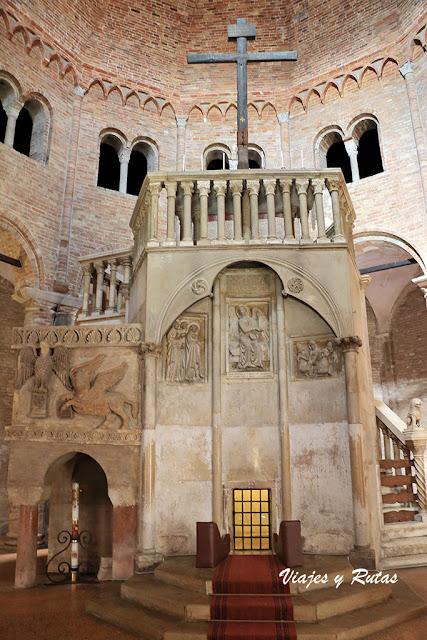 Basilica de Santo Stefano de Bolonia