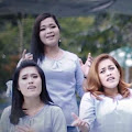 Lirik Lagu Romantis Trio - Setengah Hati