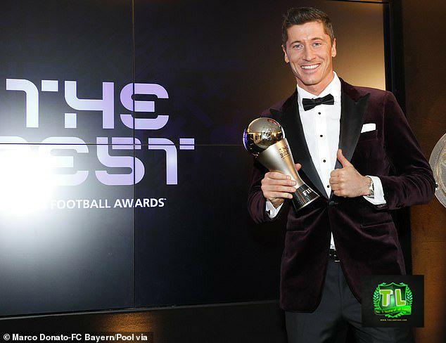 Robert-Lewandowski-FIFA-Best-Player-Award