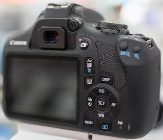 Canon EOS 4000D camera review