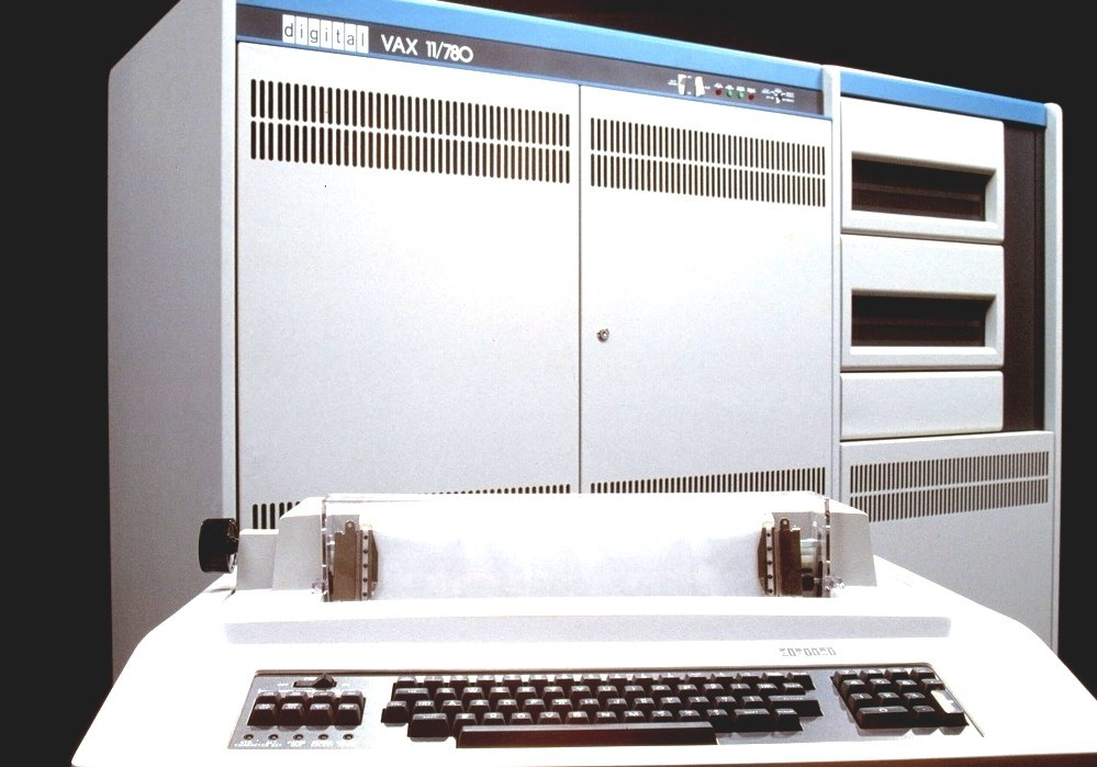 VAX - Vax Computer