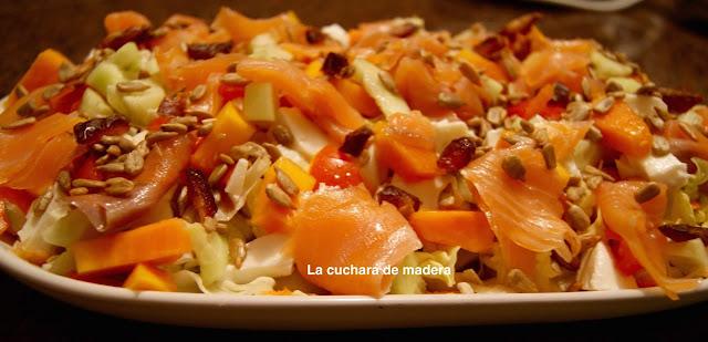 Ensalada Con Papaya Y Salmon Ahumado