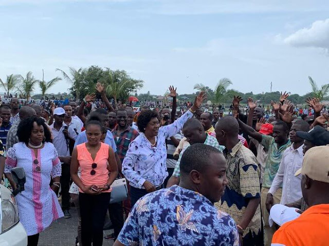 Leaders arrive at the Mombasa waterfront for BBI rally. PHOTO | BMS
