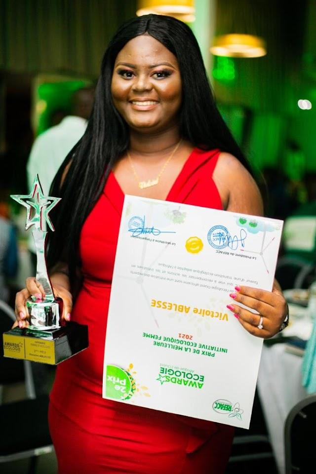 Côte d'Ivoire – Awards de l'Ecologie Africaine : Mlle Victoire ABLESSE remporte un trophée pour le Togo