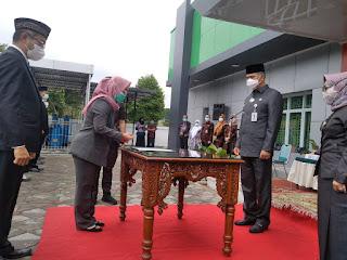 Walikota Jambi Menghadiri Penandatanganan Pkata integritas Kepala UPTD Dan Kasubbag TI Puskesmas