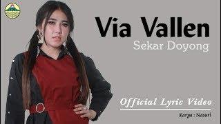 Lirik Lagu Sekar Doyong (Dan Artinya) - Via Vallen