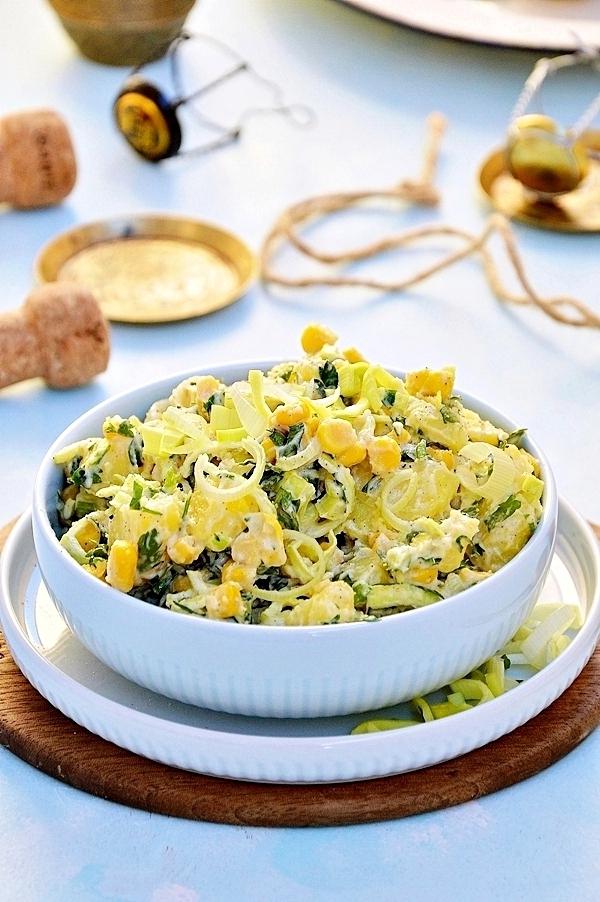 Sałatka ziemniaczana z kukurydzą