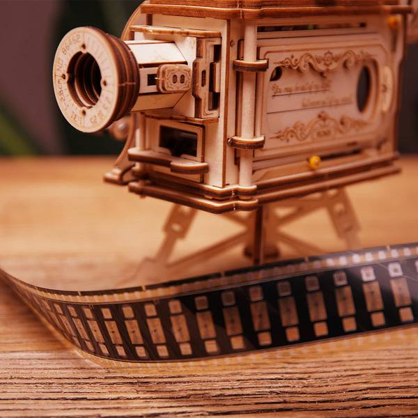 Steampunk fans are thrilled. Xiaomi released an amazing retro projector