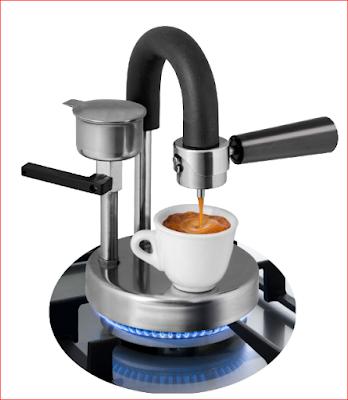L'espresso sul fornello a gas con Kamira