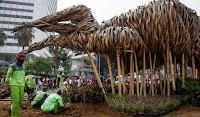 Hai Penyembah Ahok, Ini Lho Alasan Setahun Lalu Kenapa Instalasi Bambu Dicabut