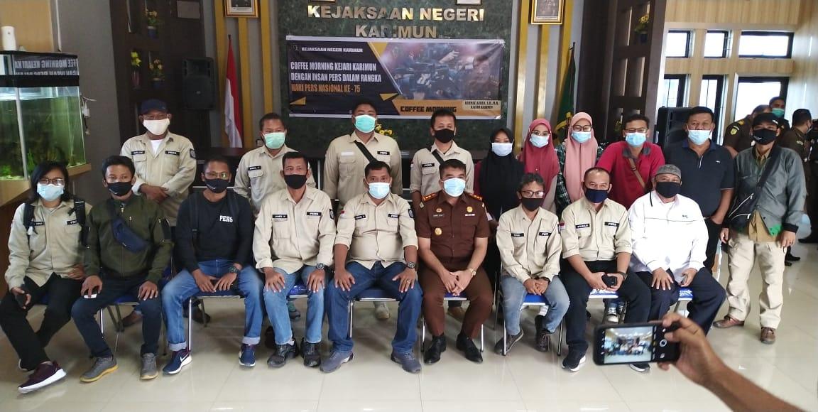 Peringati HPN ke 75 Tahun, Kajari  Gelar Coffe Morning Bersama Pengurus IWO Kabupaten Karimun