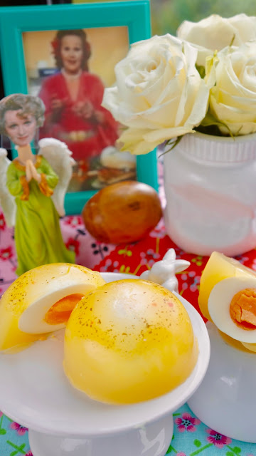 Fanny Cradock Eggs in Aspic