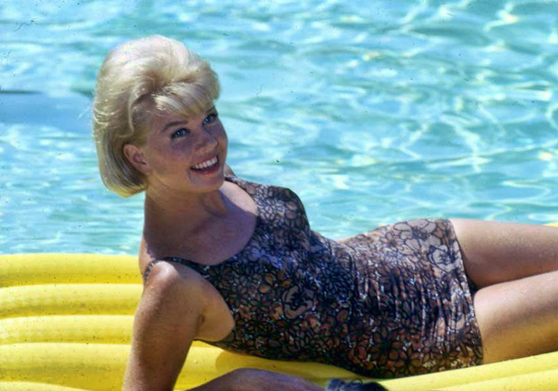 History Of Swimsuits Eve Out Of The Garden