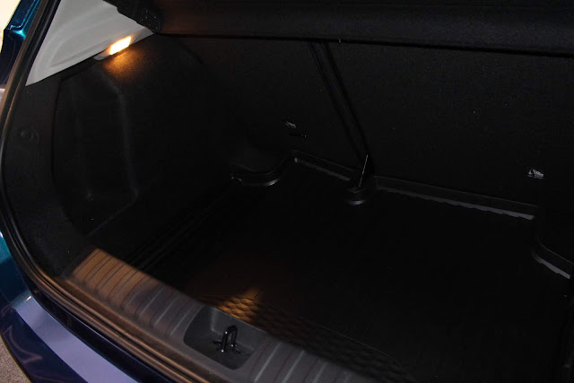 Novo Chevrolet Onix 2020 - porta-malas