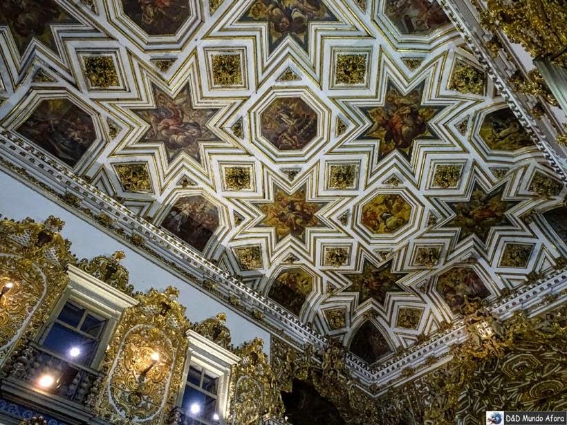 Pintura no teto Igreja e Convento São Francisco - o que fazer em Salvador