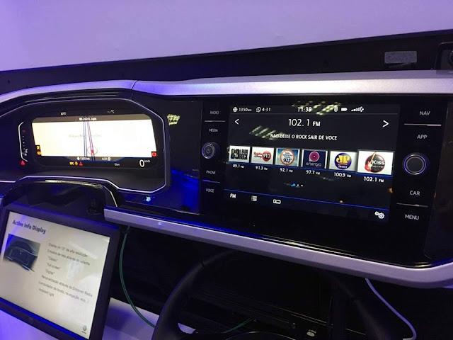 VW Polo 2018 200 TSI Automático - sistema multimídia