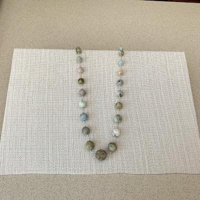 Make jewelry displays instructions