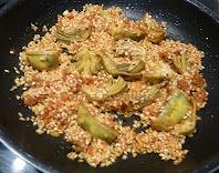 alcachofas, sobrasada, tomate, ajos y arroz, sofrito