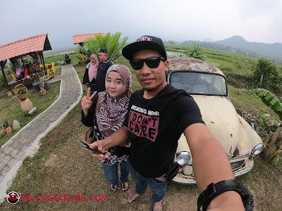 Bersama Kereta Antik