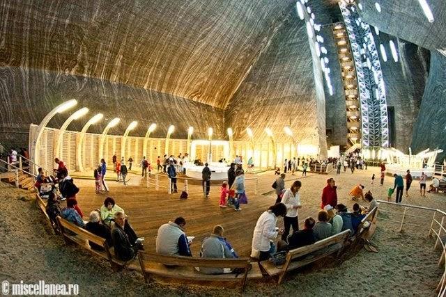 Inilah Lombong Garam Bawah Tanah Yang Tercantik Di Dunia (Salina Turda)
