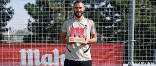 Karim Benzema Jugador Cinco Estrellas de Mahou