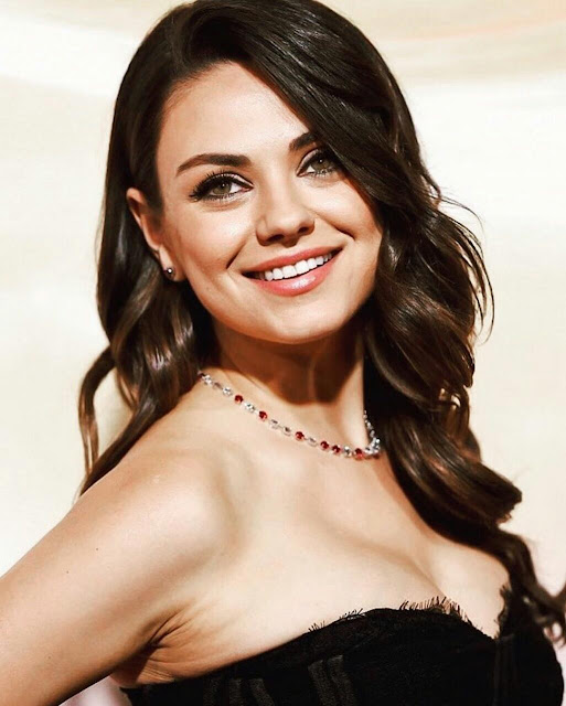 Mila Kunis HD iPhone Wallpaper Download 2020