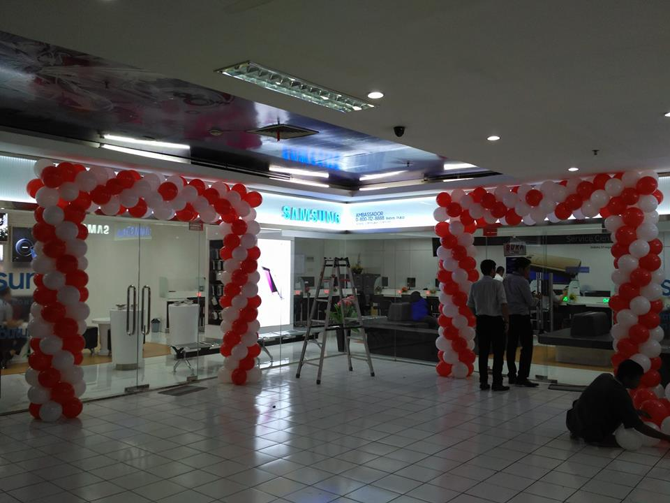 Balon dekorasi dekor balon for Dekor 17 agustus di hotel