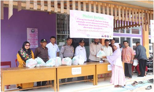 Bersinergi Dengan Pemko,Yayasan Garis Pena Bagi 650 Paket Sembako Di Tiga Kelurahan