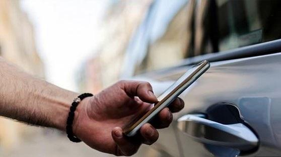 قريبا الهواتف الذكية تنهي عصر مفاتيح السيارات.؟