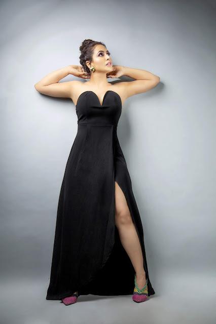 Nandini Rai Bold Portfolio Photoshoot Navel Queens