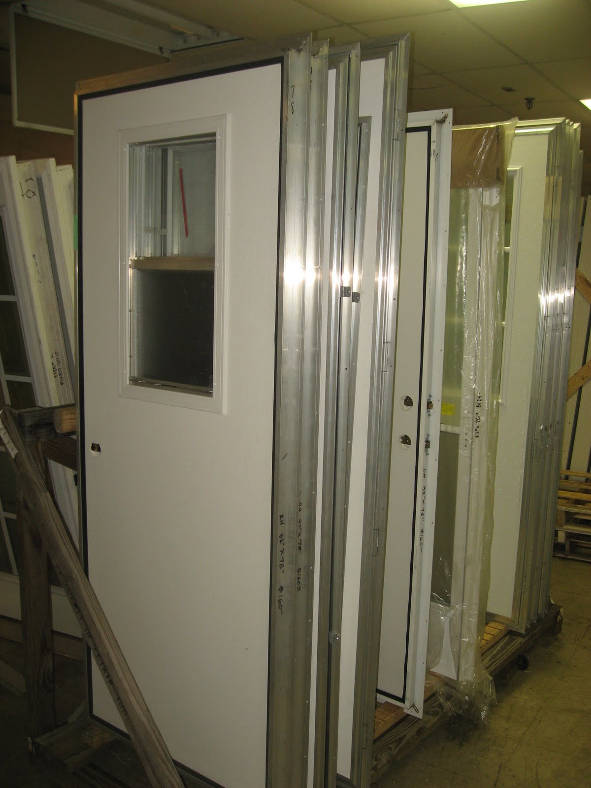 IMG_3591 Window Treatments For Mobile Home Trailer Windows on old mobile home windows, mobile home replacement windows, construction of mobile homes in windows,