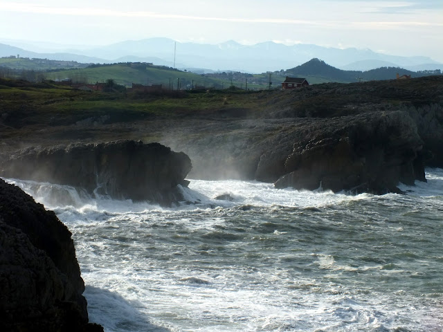 olas en Santander