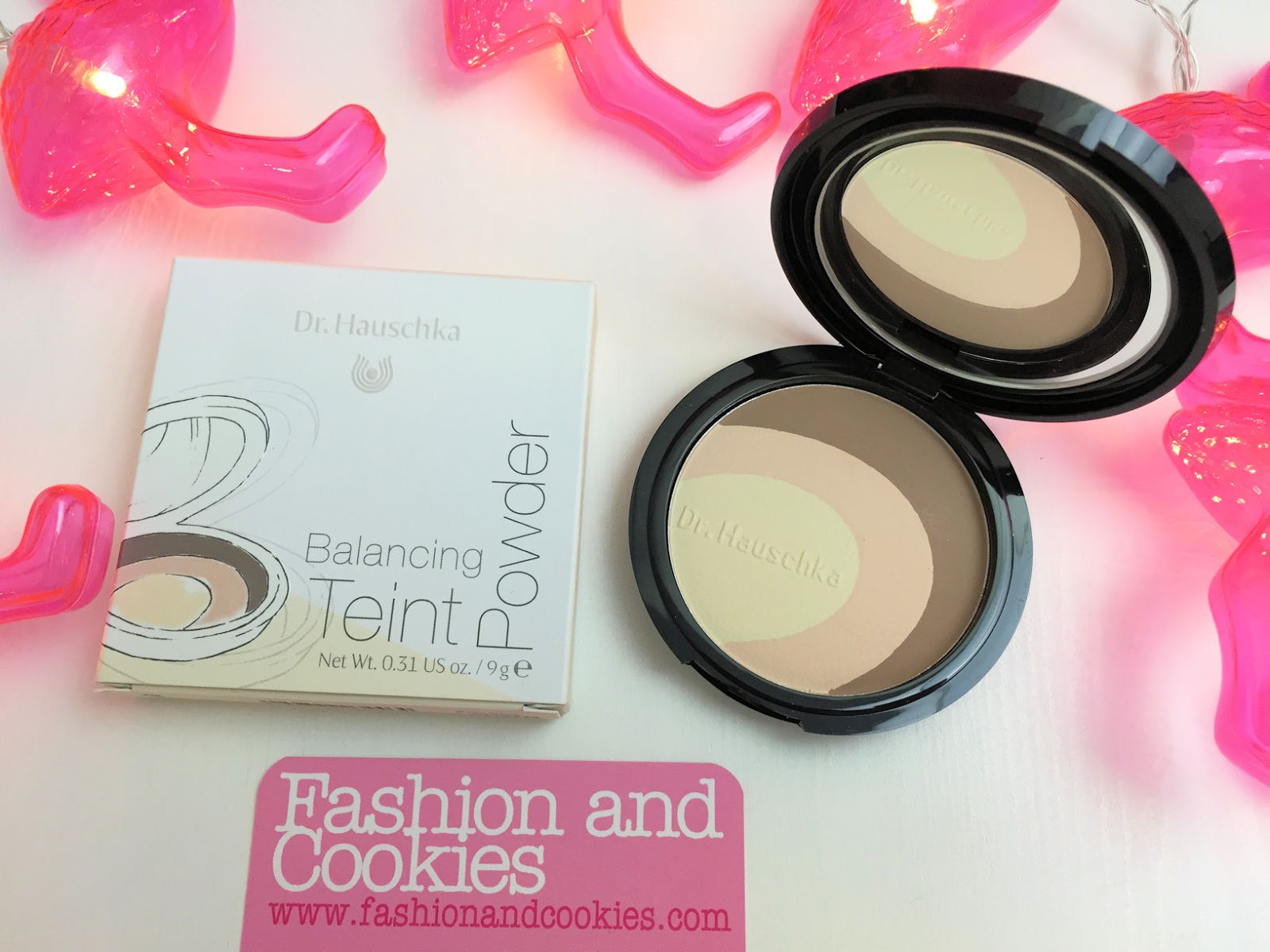 Dr. Hauschka limited edition makeup look balancing teint powder for Spring/Summer 2016 on Fashion and Cookies  beauty blog, beauty blogger