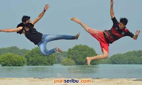 pasir Pantai Perawan wisata Pulau Pari