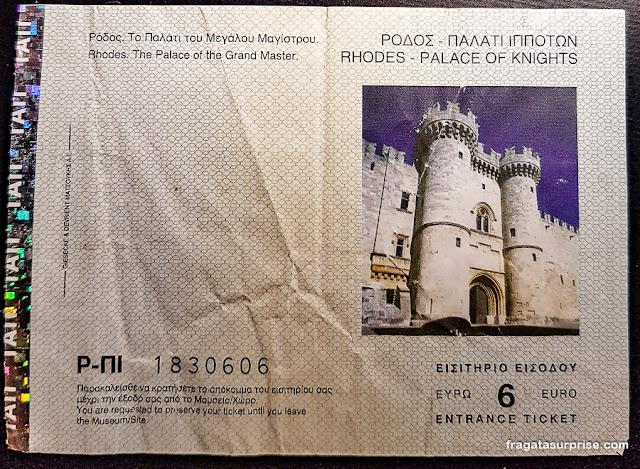 Ingresso para o Palácio do Grão-Mestre da Ordem dos Cavaleiros de Rodes, Grécia