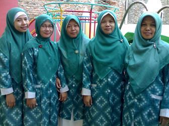 Baju Batik Seragam Guru Muslimah Yang Elegan