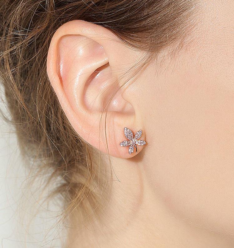 粉紅水鑽小花耳環