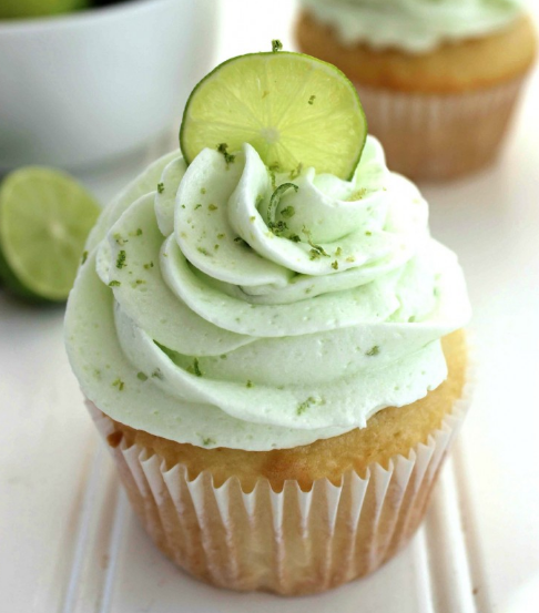 KEY LIME CUPCAKES #desserts #cupcakes #lime #easy #recipes