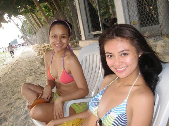 sam pinto beach bikini pics 01