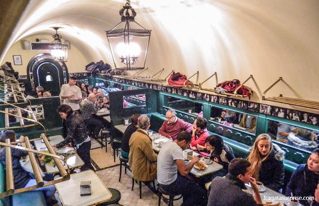 Salão da Chocolateria San Ginés, Madri