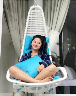 Foto hot Dewi Perssik