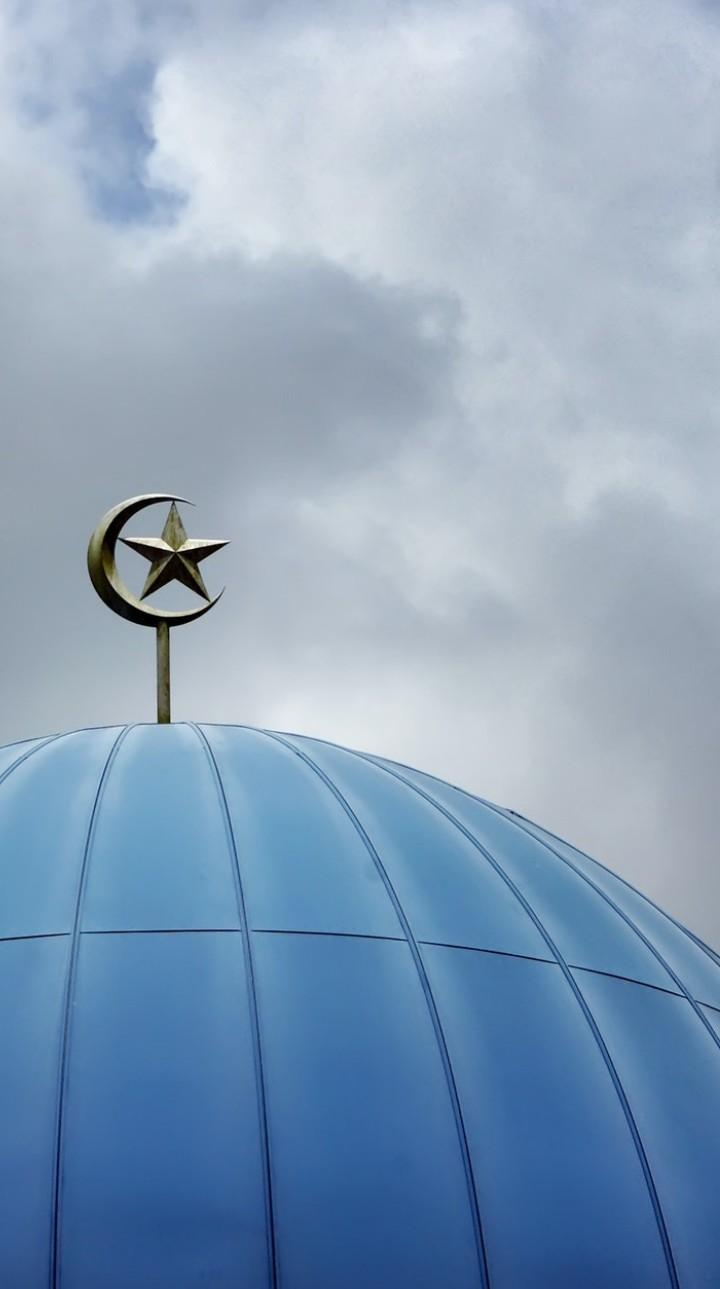 wallpaper kubah mesjid bulan bintang ramadhan