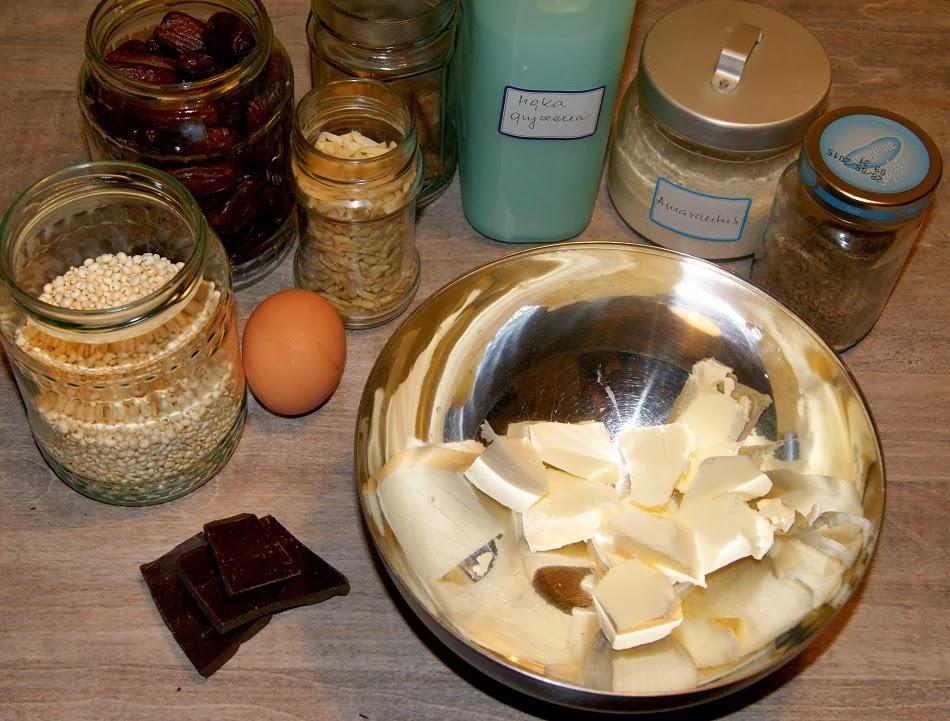 Kruche ciasteczka bez glutenu w dwóch wersjach: z mąką gryczaną i mąką z ciecierzycy