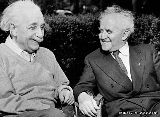 Kenapa Albert Einstein Menolak Tawaran Sebagai Presiden Israel?