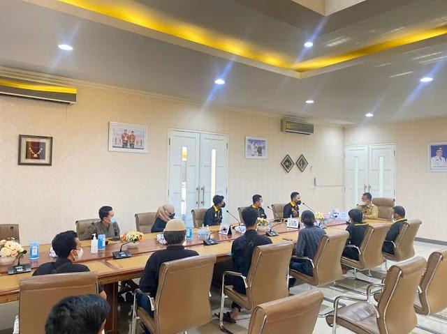 Kasus Video Viral di Caffe di Banda Aceh, IKAMBA Fasilitasi HIMASENDRATASIK Unsyiah Bertemu Walikota Banda Aceh