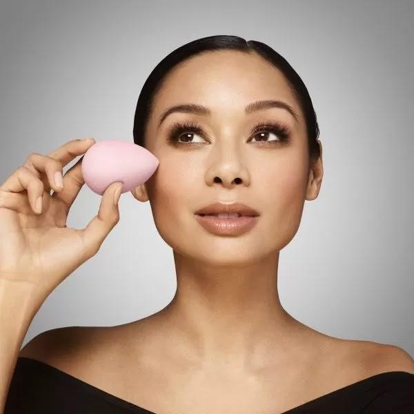https://edhacosmetics.es/shop/herramientas-de-maquillaje/beauty-blender-esponja-maquillaje/