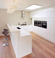 White kitchen bar idea