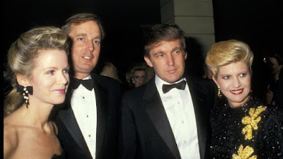 Berita-Unik-Donald-Trump-Foto-Bersama-Istri-Dan-Saudara-Kandungnya