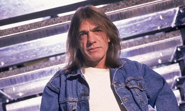 Έφυγε από τη ζωή ο κιθαρίστας των AC/DC